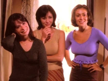pictcure of Piper, Prue and Phoebe